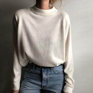 VINTAGE/ slouchy mock neck crop knit eggshell